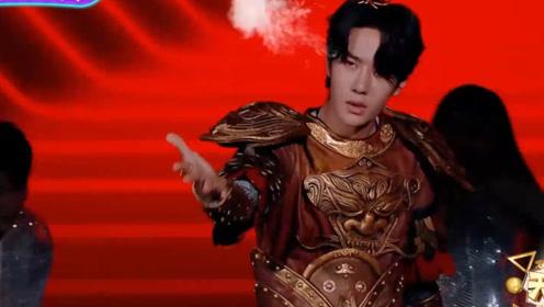 搞笑酷炫打扮,钱枫扮绿巨人跳卡路里,王一博