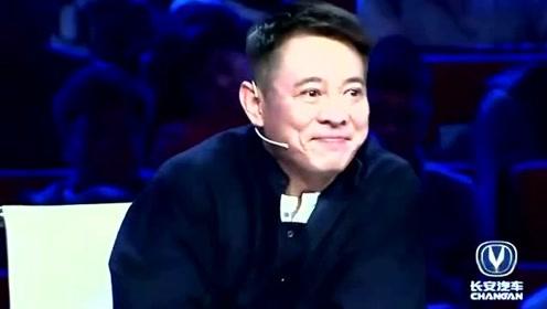 清华大学美女天团热舞,这有点太凉快了,李连杰都笑了!