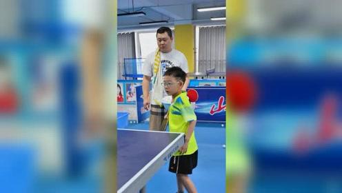 乐旋集团的战略目标是推广与普及乒乓球,让更多的孩子参与这项运动,体育强国。