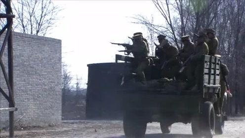 义勇:鬼子闯入奉军兵营抓人,不料碰到狠人军官,当场死了一半人