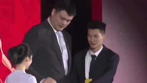 2020年CBA区俊炫当选状元,祝铭震榜眼,张宁第八顺位
