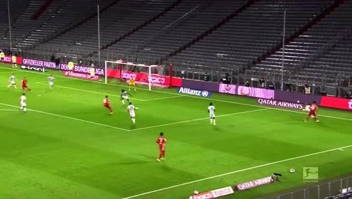 【德甲】拜仁4-3险胜赫塔菲 莱万大四喜+补时绝杀