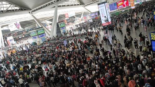 1月22日下午1点30分,广州南站现状,这画面太心酸,太出人意料了