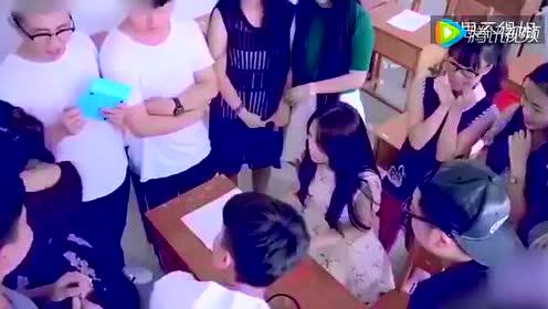 D罩杯的尴尬——同学,你过来,我保证不打死你