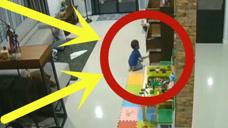 男孩楼下突然大哭,正在打扫卫生的妈妈赶紧下楼,心疼!
