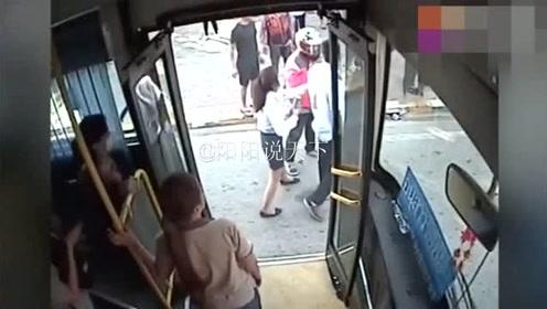 公车被操_男子作死挑衅公交司机,一言不合就干架,网友:冲动是魔鬼