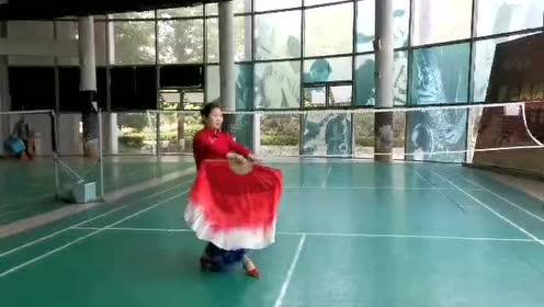 HZ79+李肇琍+爵士风情舞蹈队+《天涯海角茉莉花》