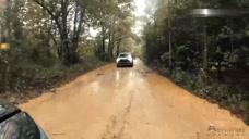 2019款丰田RAV4去山林玩越野,过泥泞路那刻,才知道这车真不赖