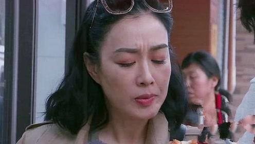 钟丽缇带婆婆大口吃油墩子,吃相很优雅,不愧是女神!