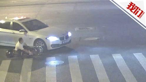 """一男子骑电动车两个月""""被撞""""18次!民警发现其身份惊人"""