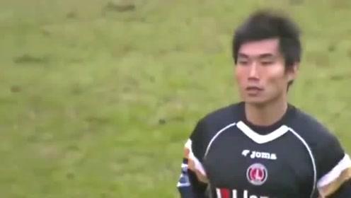 郑智英超首秀,场上踢球自信满满
