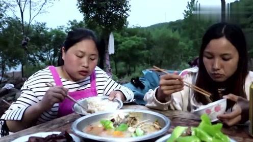 吃了这么多年鲤鱼,这样的做法还是第一次见,胖妹做的美食把我看饿了!