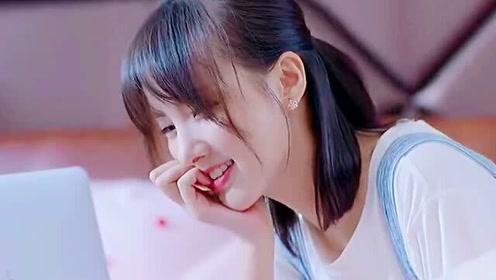 小娇妻在房间里开视频,总裁听见后差点误会,看总裁如何霸气撩小娇妻!