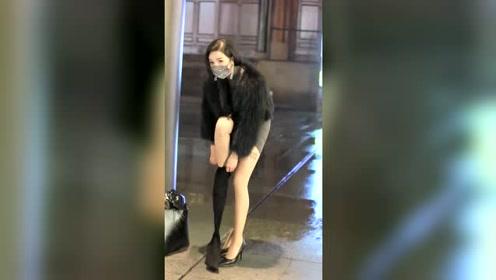 搞笑:美女换鞋的时候又来了
