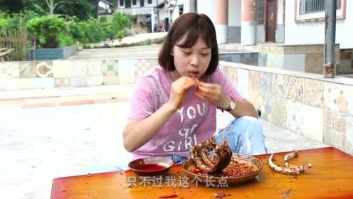 秋妹今天做了超好吃的排骨,比红烧好吃一百倍,一次吃几斤,真爽