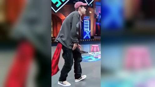 王一博跳舞简直太帅了,这姿势一般人学不来啊!