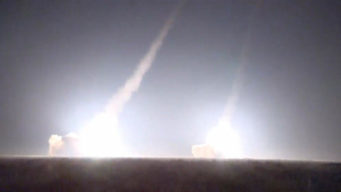 朝鲜首次在阅兵仪式上展示潜射弹道导弹 - 耄耋顽童 - 耄耋顽童博客 欢迎光临指导