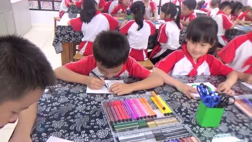 人教新课标六年级美术上册