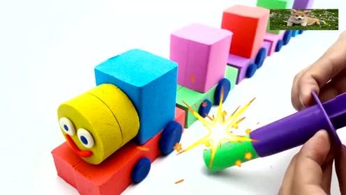幼儿启蒙手工动画,用太空沙制作彩虹卡通小火车