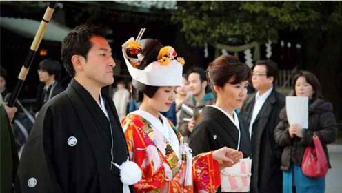 日本国歌只有28个字,翻译成中文后,才了解日本