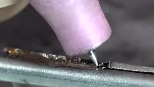 铁管与铜管能焊接上吗?看完视频让你大开眼界