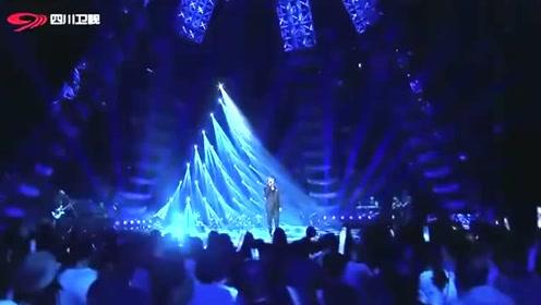 张宇唱经典歌曲《梦驼铃》,沧桑的嗓音,唱出了这首歌的精髓!