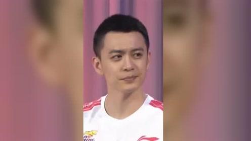 目前CBA第一大热度,杨鸣长的也太帅了吧!