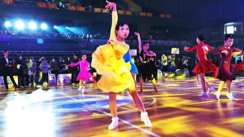 中国湖南2020中顺洁柔杯国际标准舞(体育舞蹈)公开赛,半决赛现场