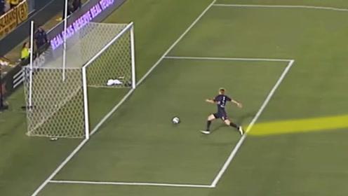 防守中的艺术,足坛最精彩的门线解围,比进球看着还过瘾