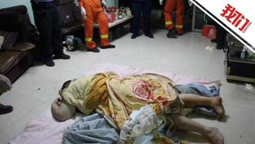 近400斤独居男子晕倒家中:趴地上2天起不来 消防员用登高车从窗户运出