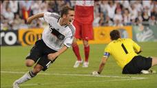 經典回顧歐洲杯半決賽,德國3-2土耳其,拉姆讀秒獻絕殺!