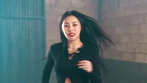 MAMAMOO辉人新曲TRASH舞蹈版MV公开