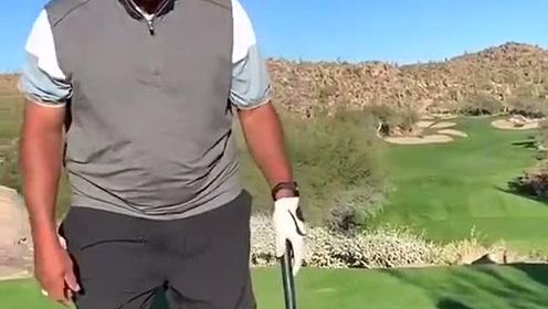 巴克利再打高尔夫球!和之前对比进步神速