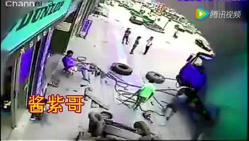 轮胎爆炸监控视频