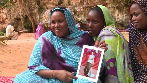 草非洲黑屄_这个非洲小国以胖为美,女性想尽办法增体重,5岁被逼喝骆驼奶!