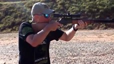 经典的杠杆步枪,来听听它上膛开枪的声音!