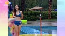 烟波袅袅泳池秀辽宁校花,样貌身材太好了!一眼就让人喜欢!