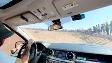 能在阿拉善玩耍的司机都是高手,打方向盘一看就开大货的