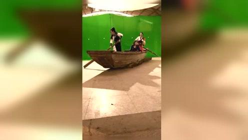 美女晕船了,女演员表演全靠想象力样子好搞笑