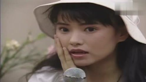 1992年音乐才女伊能静大谈恋爱观,这颜值俘获多少少男少女心