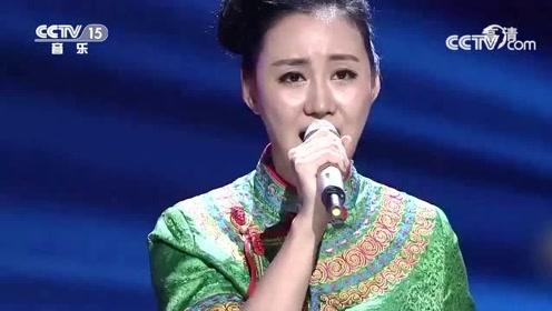 李玉山吉古依卓夫妻搭档,《赶圩归来啊哩哩》,超好听的彝族民歌