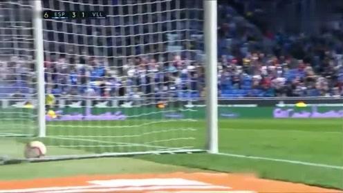 武磊西甲首球来了连续三场首发后,武磊反越位单刀推射破门