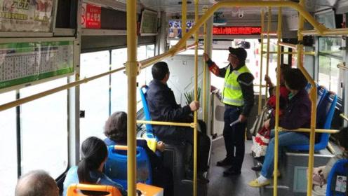 公交车一个人才一两元,为啥还一天到晚开?原来是这样