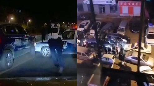哈尔滨一共享汽车冲卡撞警车后逃逸 目前肇事司机已被抓获