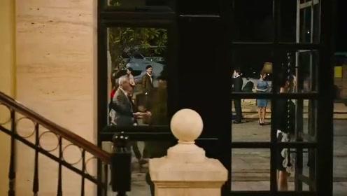 表演经验为零的他这段荧幕首秀出彩,很少人知道他的身世背景