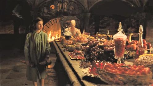奇幻片:女孩是地下王国的公主,却因偷吃美食受到惩罚
