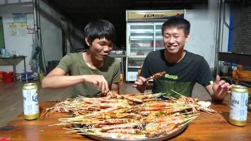 一次爆烤300条阿根廷大红虾!连头带壳一起啃 越吃越上瘾