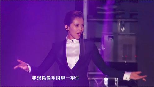 42岁刘涛唱跳俱佳!舞台的一段拉丁舞摇曳生姿,女神也太美了吧!