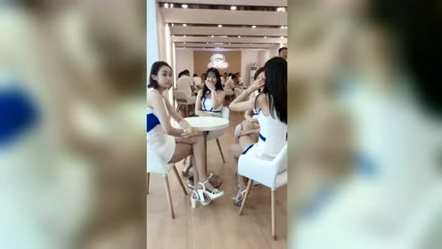 美女自拍:三位漂亮模特小姐姐,哪个最好看?