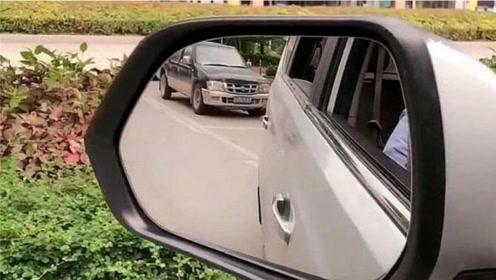 侧方位停车怎么停才能一把轮出库,司机必看,用这种方法屡试不爽